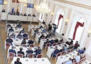 Переназначение детского омбудсмена, прожиточный минимум для пенсионеров и голосование в три дня — итоги работы парламентариев