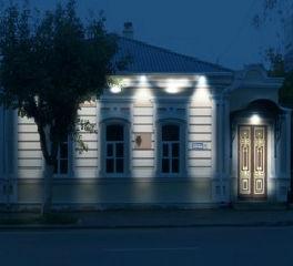 Музей одной картины в Пензе вечером