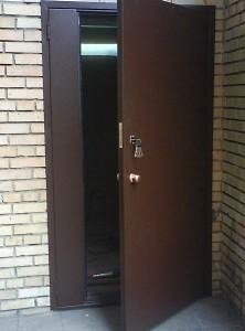 дорогие подъездные двери