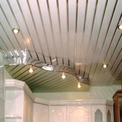 Красивый и качественный реечный потолок