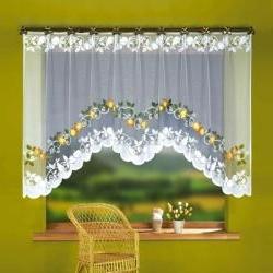 Укороченные шторы для спальни